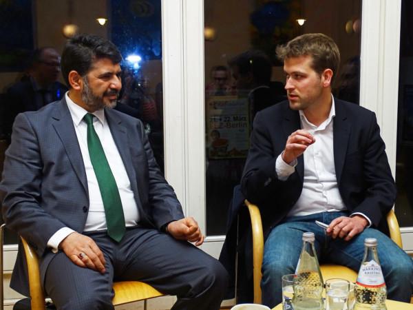Was tun gegen Islamfeindlichkeit? - Berliner Pub Talk