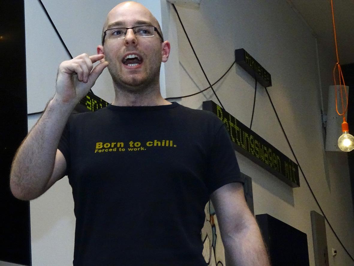 #digtalk Wie halte ich eine spontane Rede? … erklärt Euch Pascal, der Berliner Meister im Stegreifreden