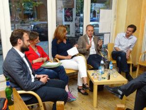 Von links. Christopher Hauss, Halina Wawzyniak, Manuela Stamm, Jost müller-Neuhof und Elvis Jochmann.